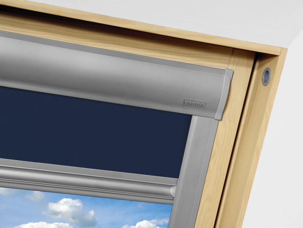 fakro store rideaux occult arf bleu 051 114x118cm stores fen tre de toit fen tres de toit. Black Bedroom Furniture Sets. Home Design Ideas
