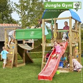 Speeltoestel Jungle Gym Farm met korte rode glijbaan en loopbrug
