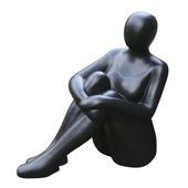 Standbeeld zittende vrouw 53 cm Fiberterrazzo