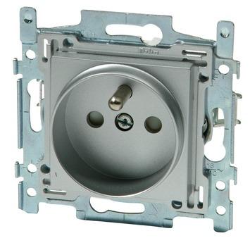 Niko stopcontact 2-polig met aarding 21 mm zilver