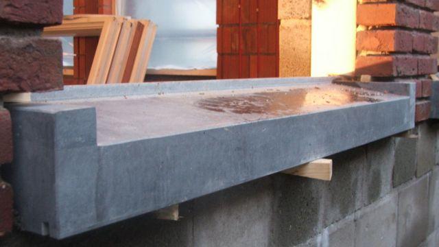 Placer un seuil for Appui de fenetre en pierre bleue