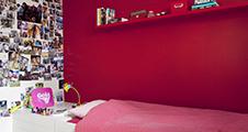 Rode verf voor binnenmuren en plafonds