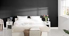 Zwarte verf voor binnenmuren en plafonds