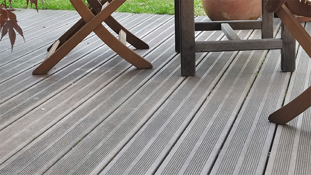 Balkon Tegels Gamma : Terras met kunststof planken aanleggen gamma.be
