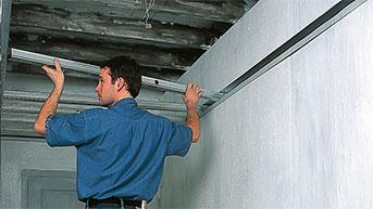 metal-stud-plafond-2col.jpg