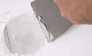 /doe-het-zelf/plafonds-en-wanden-plaatsen/plamuren
