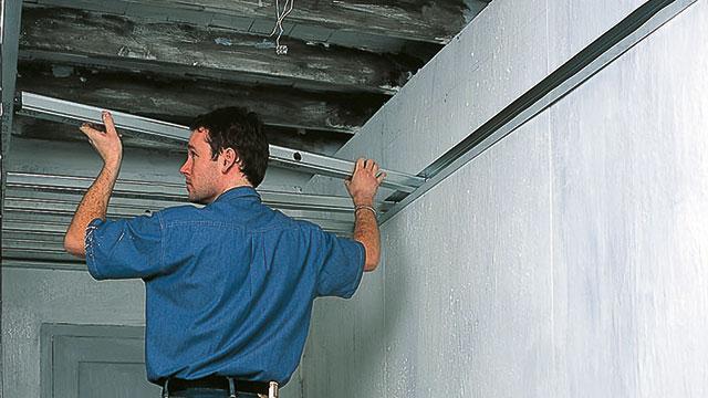 Plaatsen Van Een Metal Stud Plafond Gamma Be